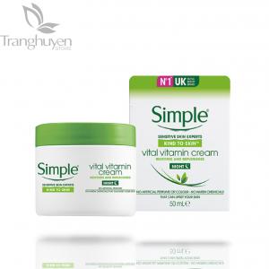 Kem dưỡng ban đêm Simple Kind To Skin Vital Vitamin Night Cream